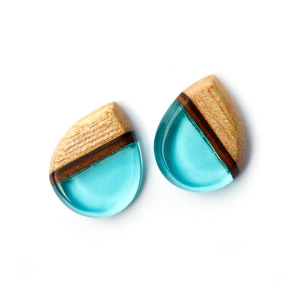 Tear drop mahogany ear studs in aqua blue