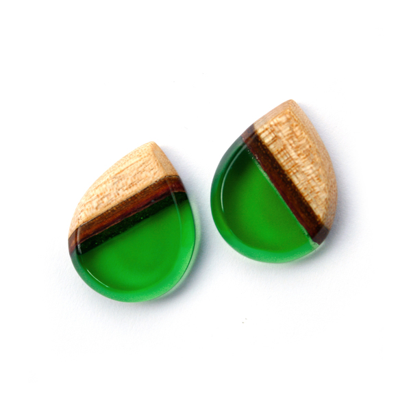 Tear drop mahogany ear studs in forest green