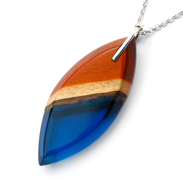 Long eye redwood pendant in navy blue